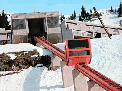 1976: Ascenseur incliné à Flaine